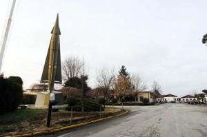 Belluco Visita alla base aeronautica di Bagnoli. Nella foto: la piazza d'armi della base. ph. Zangirolami