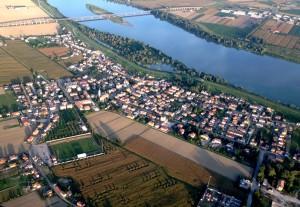 Bottrighe, Una veduta aerea del paese