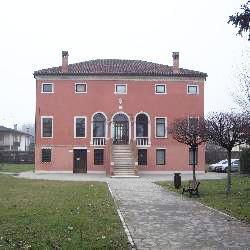 Campagna Lupia, Municipio Villa Marchesini