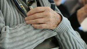 maltrattamenti anziani