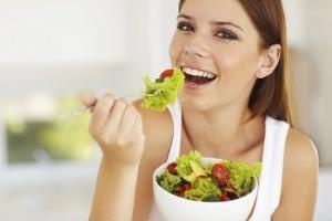 Masticare-poco-gli-alimenti_diaporama_550