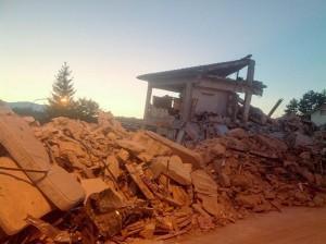 Terremoto_centro_Italia_2016_-_Amatrice_-_danni_(29288251656)