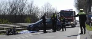 incidente-mortale-ss16-auto-scooter-moto-07