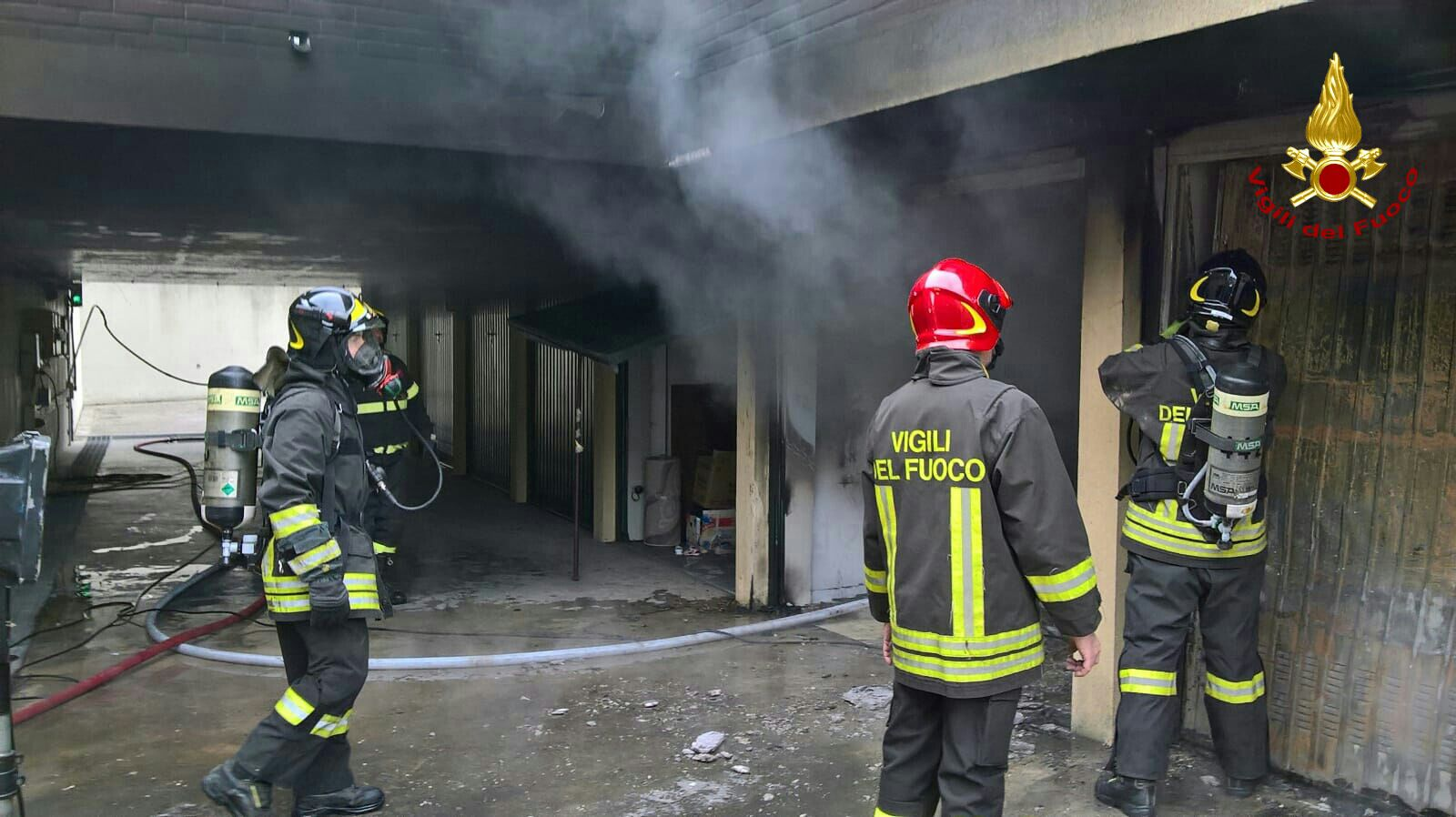 A fuoco un garage in via Frescobaldi