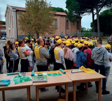 """Puliamo il mondo"""": oltre cento ragazzi coinvolti a Porto ..."""