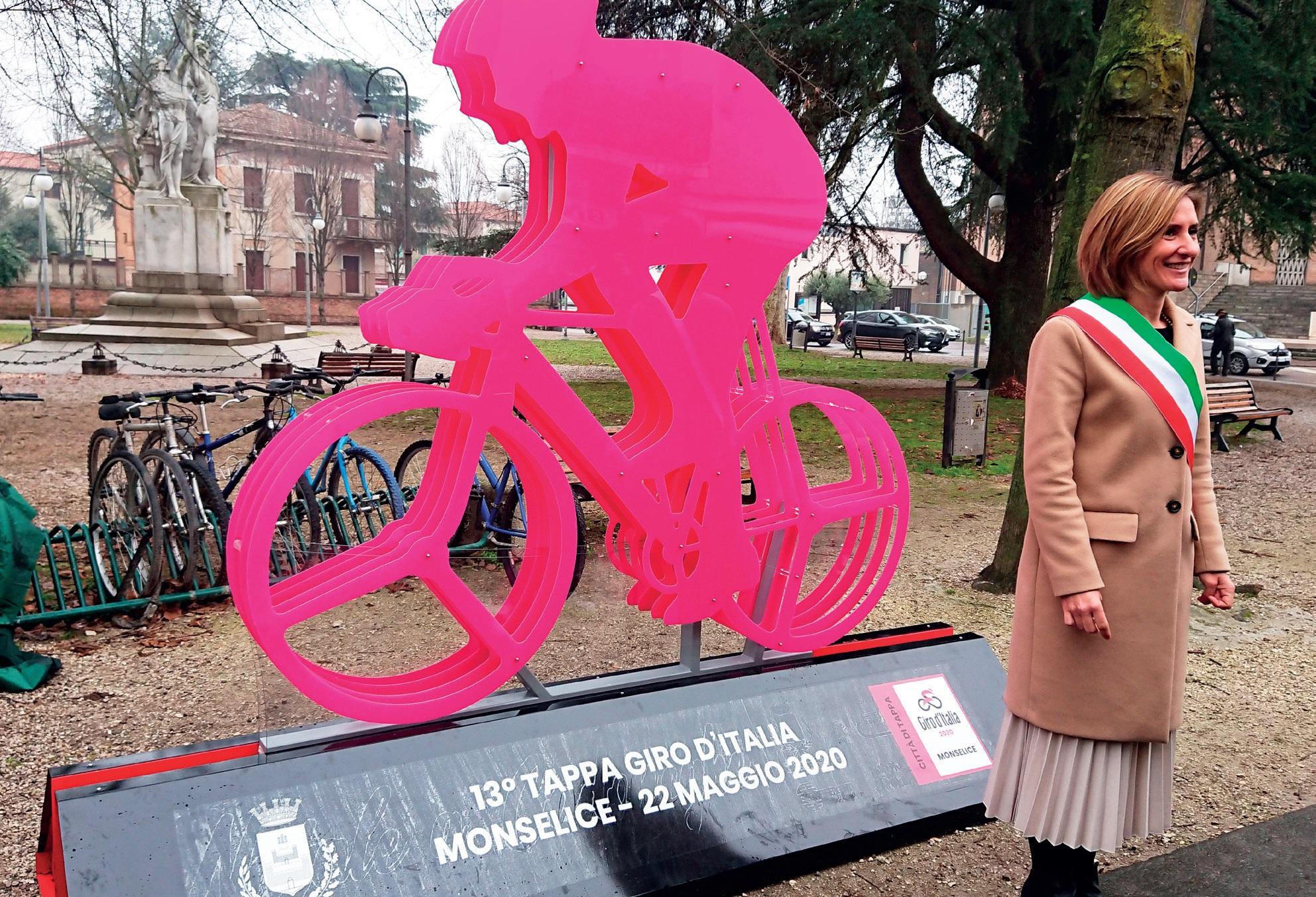 Giorgia Bedin all'inaugurazione del Giro d'Italia