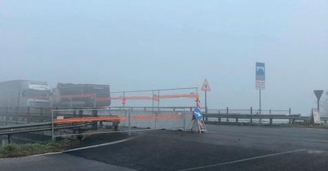 I lavori di messa in sicurezza del ponte sull'Adige nel Comune di Rosolina