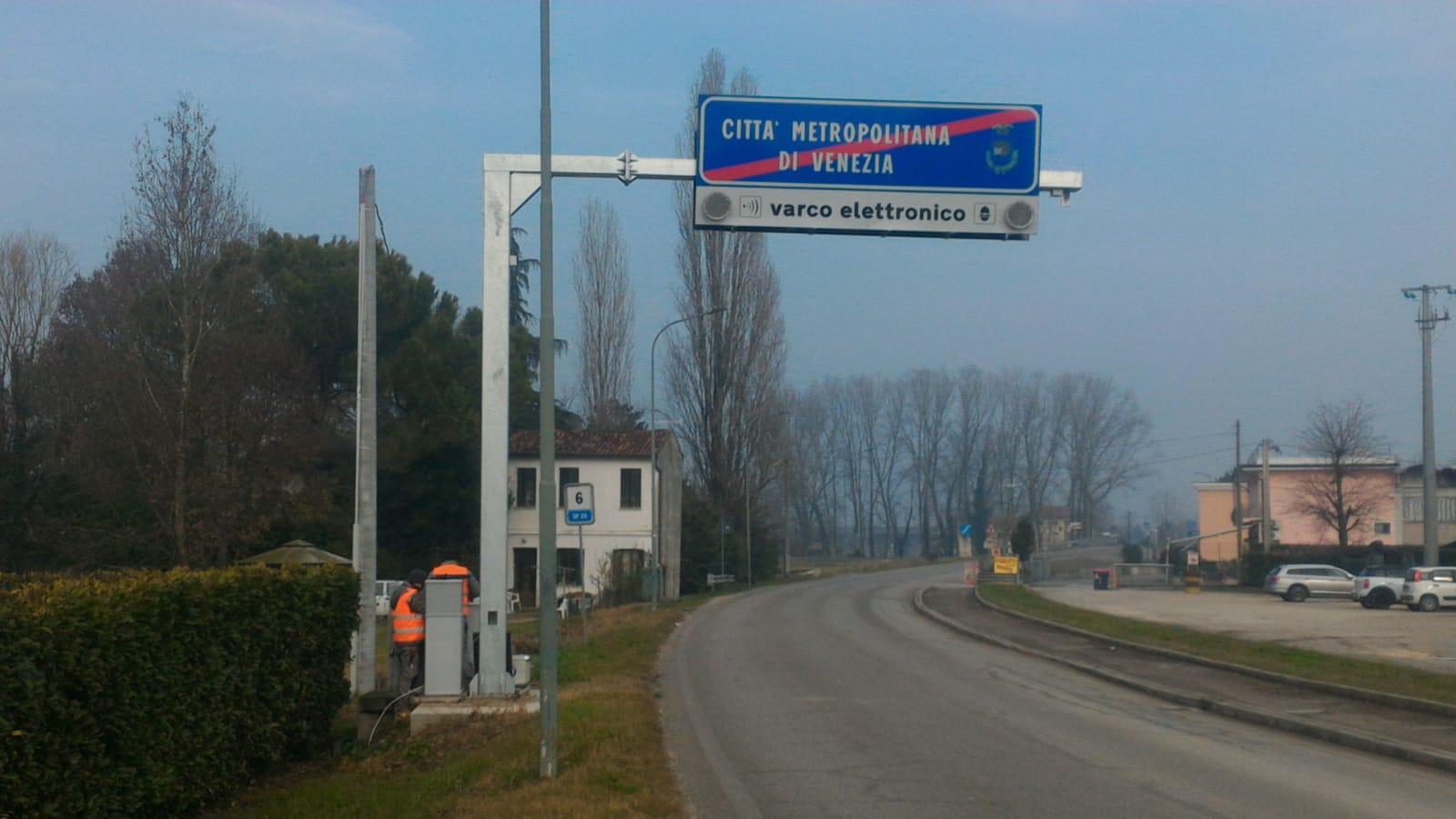 Lavori SP 25 via Barbariga (foto dalla pagina facebook della Città Metropolitana di Venezia)