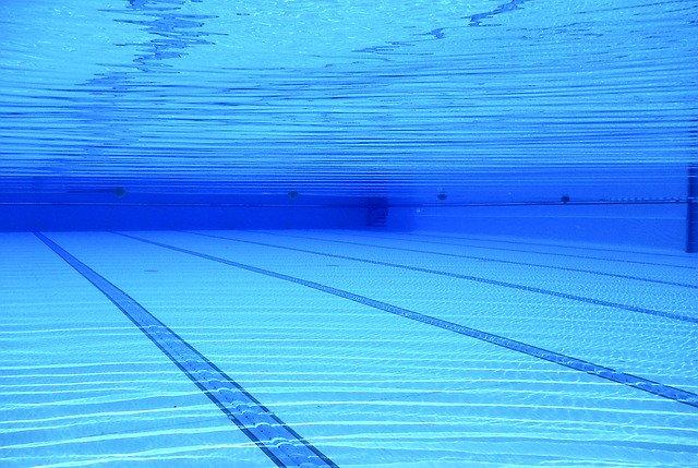 adria piscina riaperta