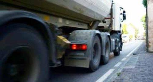 Smog, stop ai camion in via Cercariolo