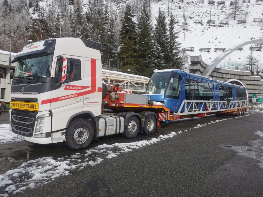 Tram SIR3