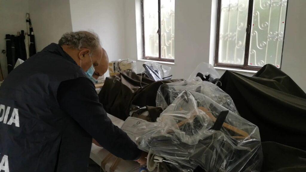 GDF in laboratori tessili cinesi