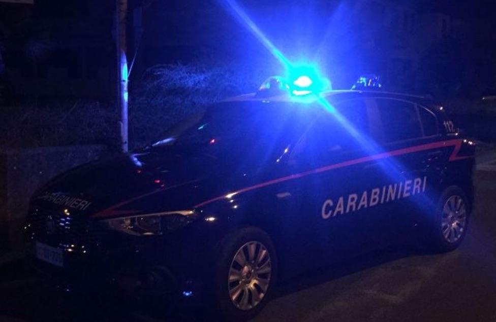 carabinieri nella notte