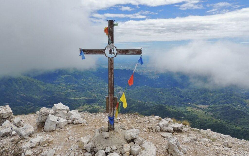 la cima del Cornetto sulle Piccole Dolomiti