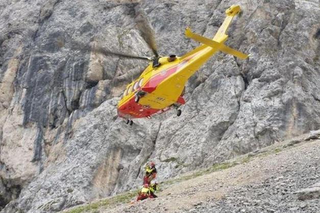 elicottero alle Pale di San Martino