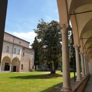Chiostro del Monastero degli Olivetani
