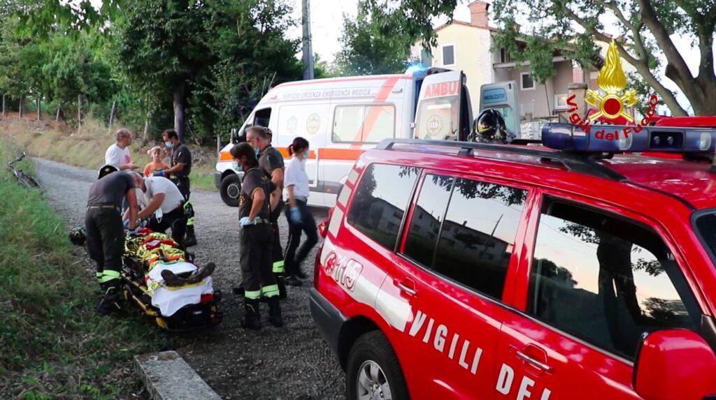 soccorso ciclista a Motne San Lorenzo